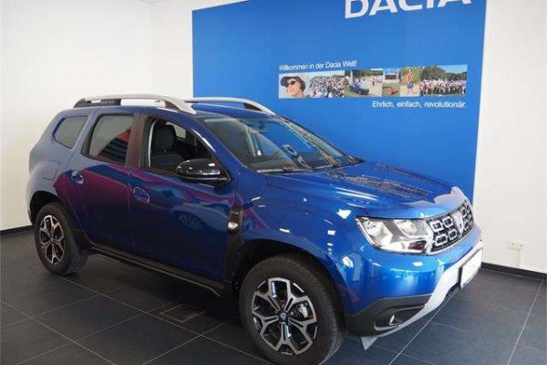 Dacia Duster Celebration TCe 130 PF S&S 4WD bei Autohaus Kolm GmbH in