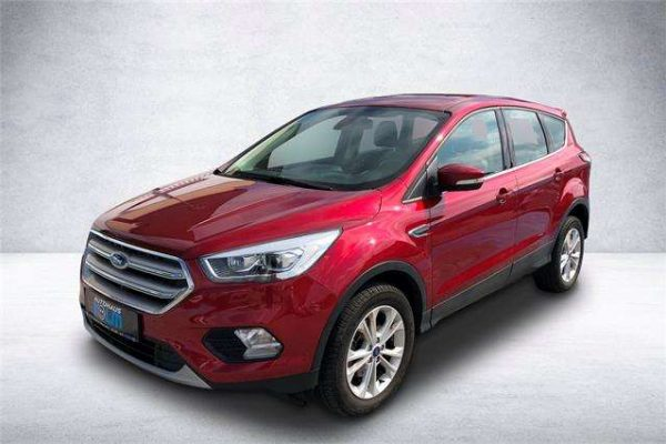 Ford Kuga Titanium 1.5L Ecoboost 150PS + Standheizung bei Autohaus Kolm GmbH in